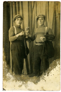 Vincenzo Rabito (left) with his brother